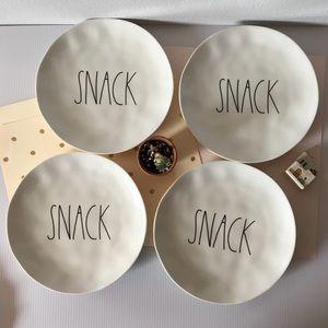 🆕  {Rae Dunn} Snack Plates (Set of 4)